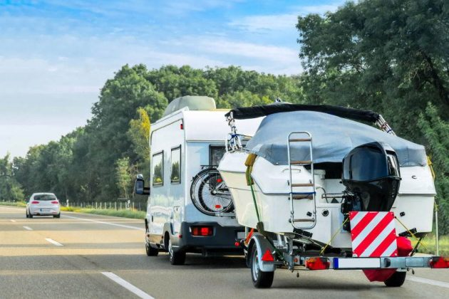 can you park a travel trailer in your driveway