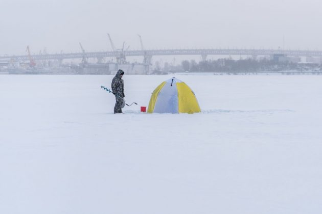 how does weather affect ice fishing