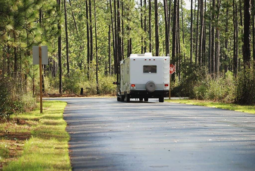 parking a travel trailer in the driveway