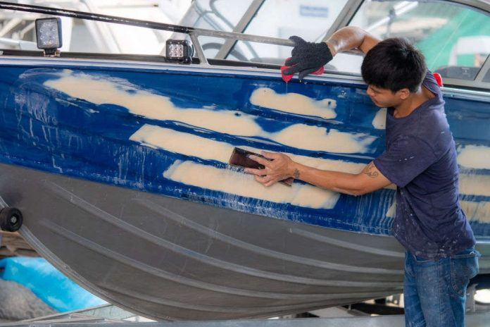 how to strip paint from aluminum boat