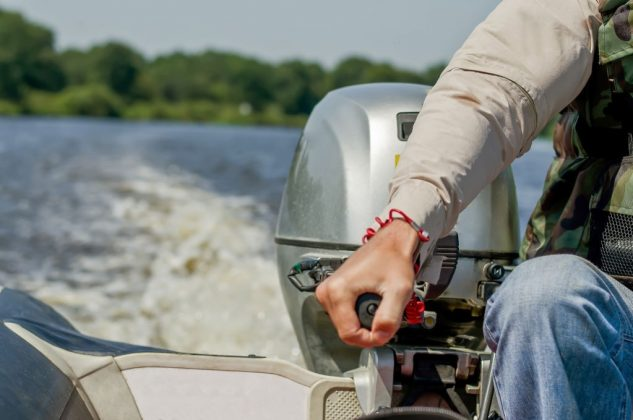 do you have to register a boat with a trolling motor in california