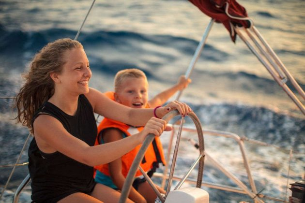 how much wind is too much for boating