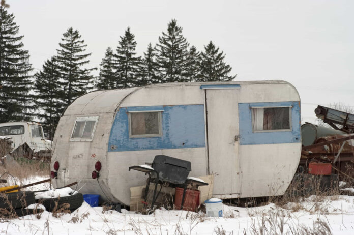 how to scrap a camper trailer