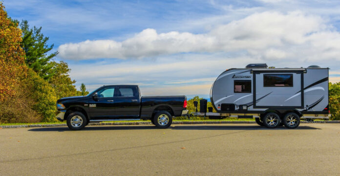 should trailer be level when towing