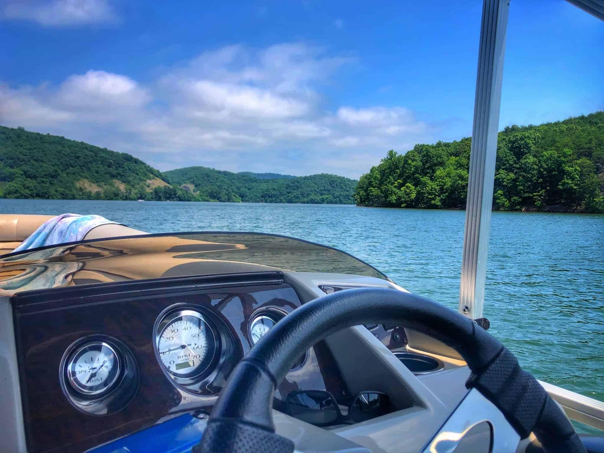 do you need a license to drive a pontoon boat