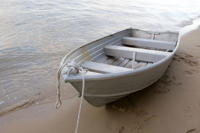 how to reinforce a transom on an aluminum boat