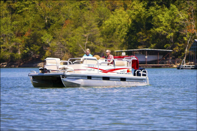 what size motor for 24 foot pontoon boat