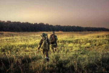 What Should I Pack for a Day Pack for Hunting?