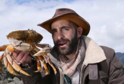 How To Keep Dungeness Crab Alive – Storing Live Crabs Safely